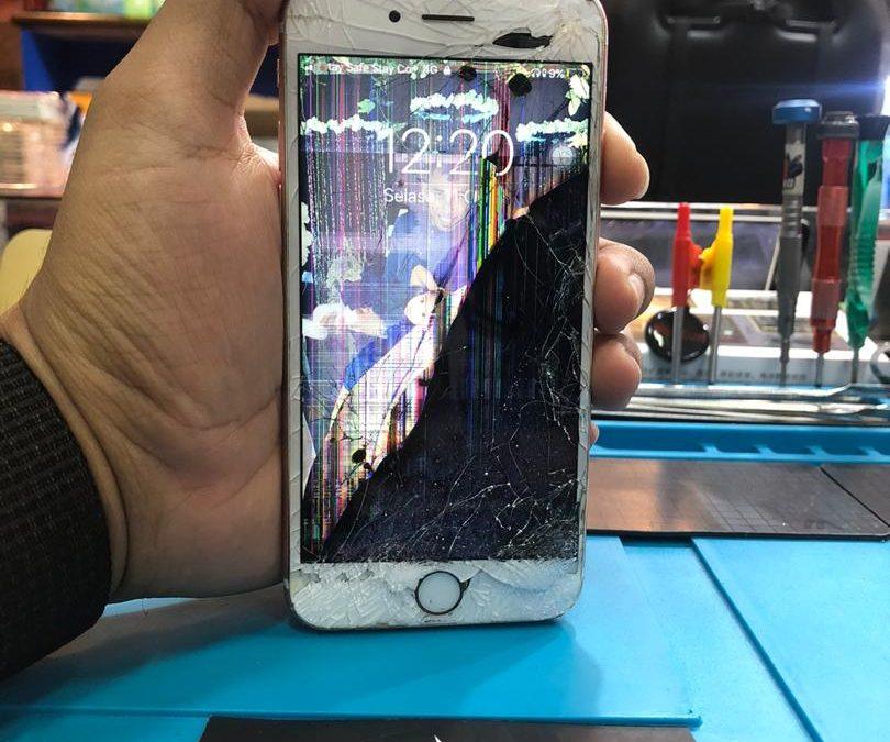 Penukaran LCD Skrin iPhone 6S di iPro Ampang